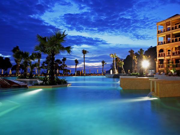Hotel Centara Grand Beach 5* - spiaggia di Karon