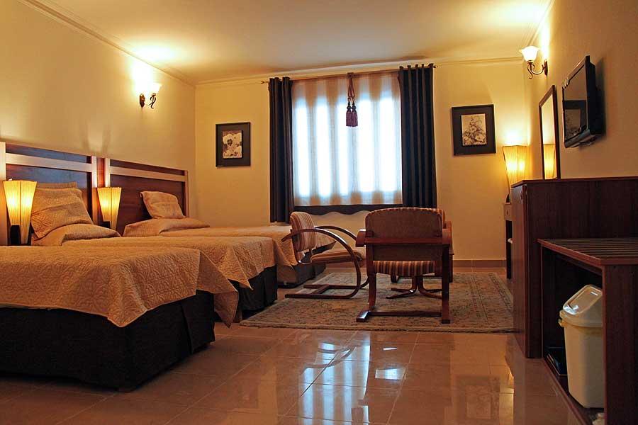 Hotel Helia Kish 4*