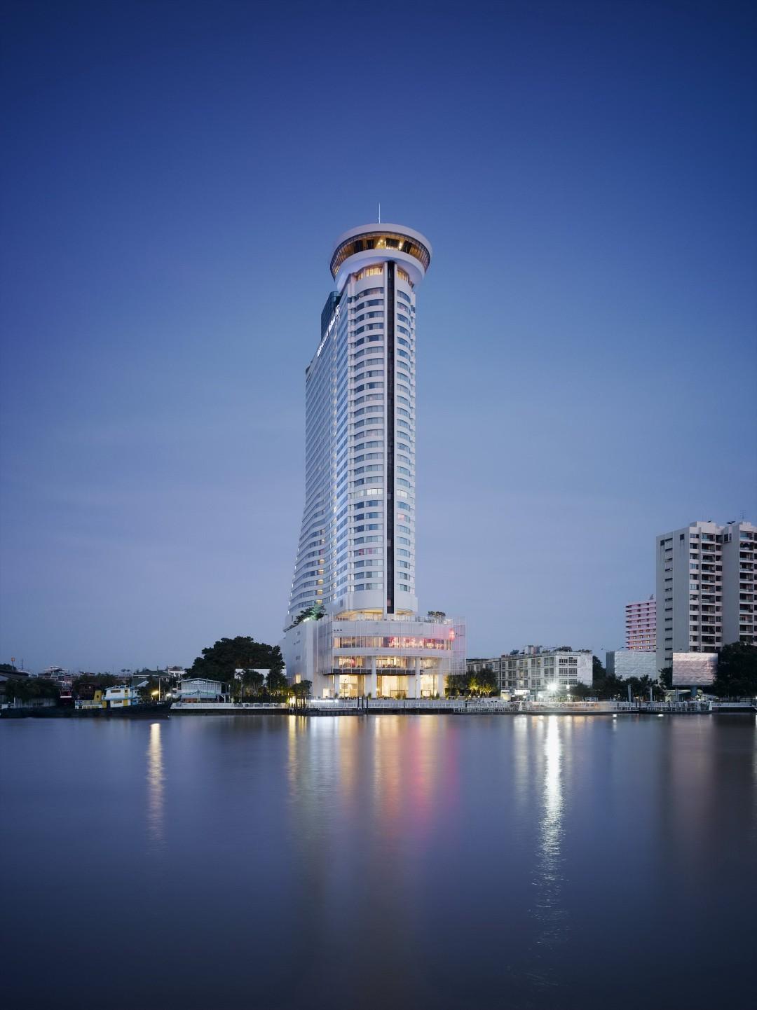 Hotel Millennium Hilton 5*