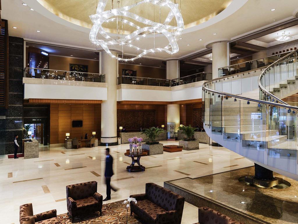 Pullman Hotel City Center 5*