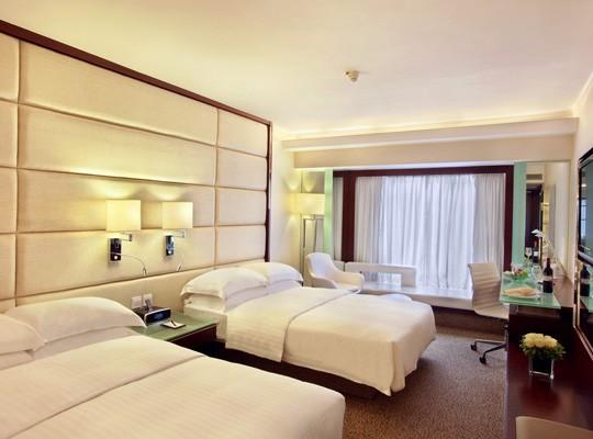 Regal Kowloon Hotel 4*