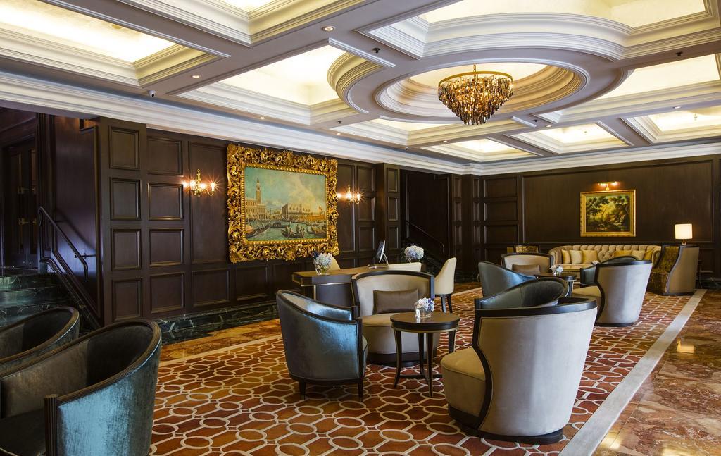 Ritz Carlton 5* Hotel