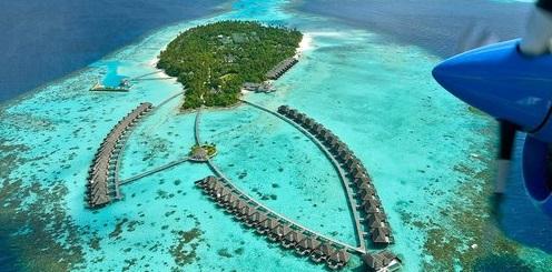 Ayada Maldives Resort 5*