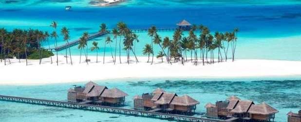 GILI LANKANFUSHI, MALDIVES 5*