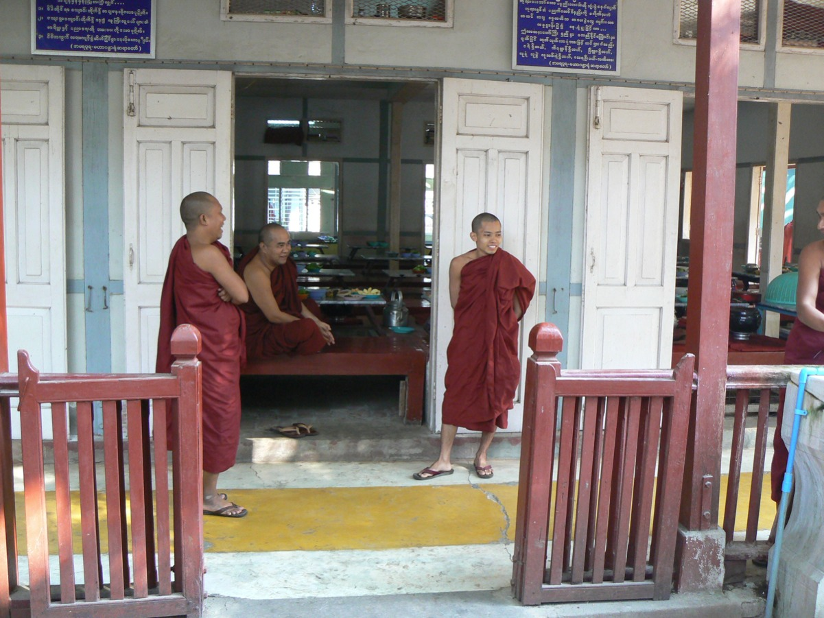 Tour tribù e templi