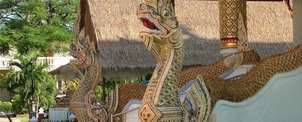 Treni di lusso: racconti del Laos dalla Thailandia