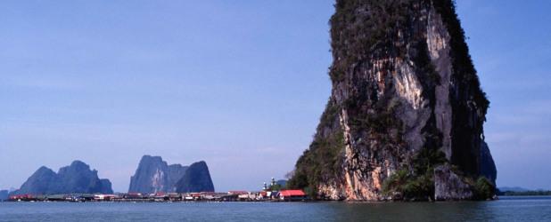 Baia di Phang Nga e isola di James Bond in motoscafo veloce e canoa
