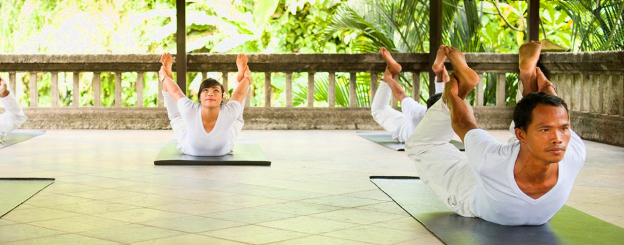 Lezione di Yoga, massaggio e rilassamento al SANTI MANDALA UBUD