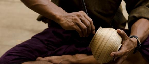 L'arte della ceramica laccata